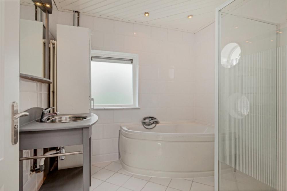 23-badkamer