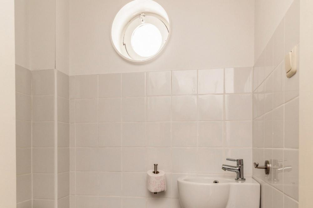 3-hal-toilet